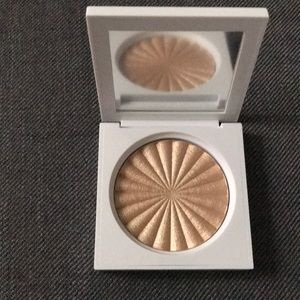 OFRA Highlighter Rodeo Drive Brand New